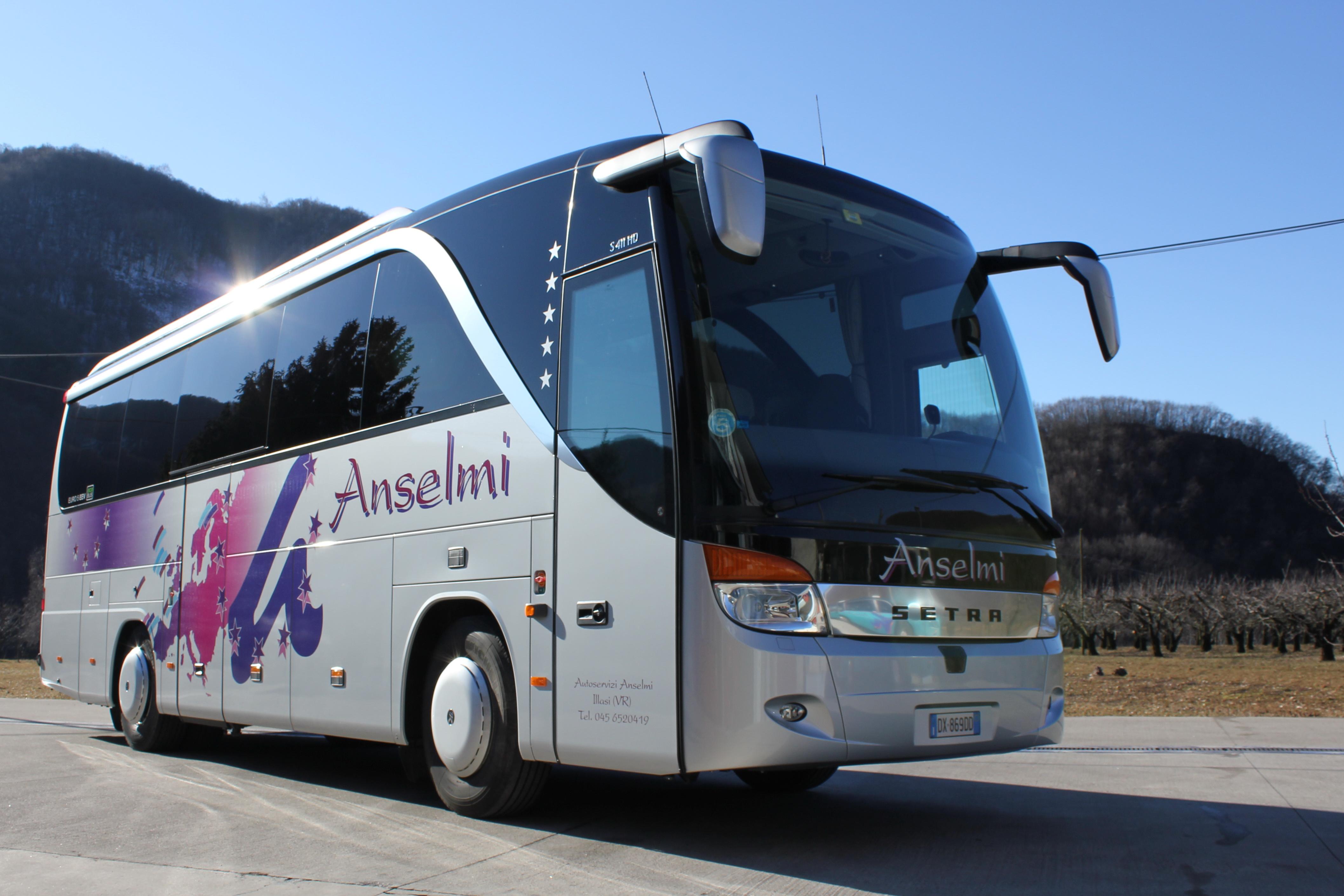 AUTOBUS-ANSELMI-024